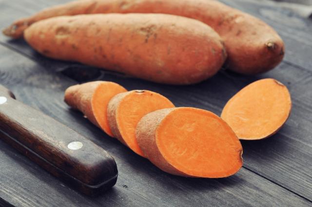Zoete aardappel oranje